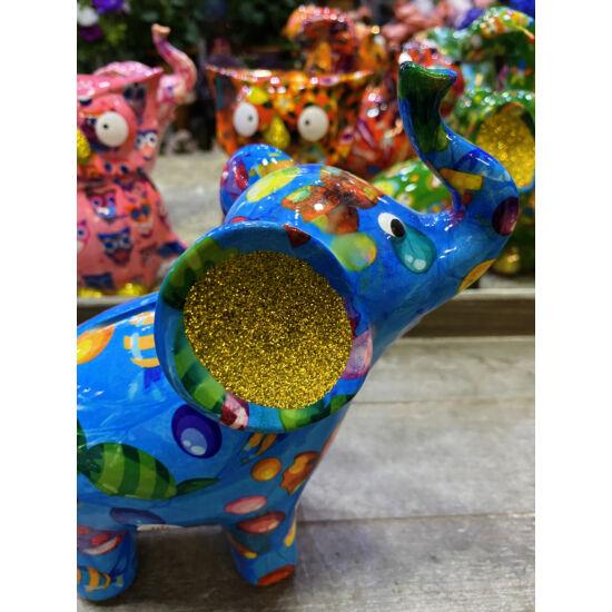 Pomme-Pidue arany fülű elefánt